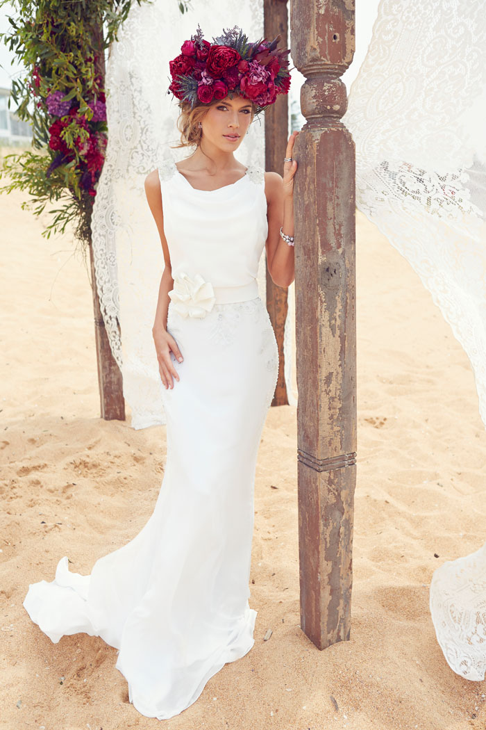 Fashions-by-Farina-beach-wedding-dress